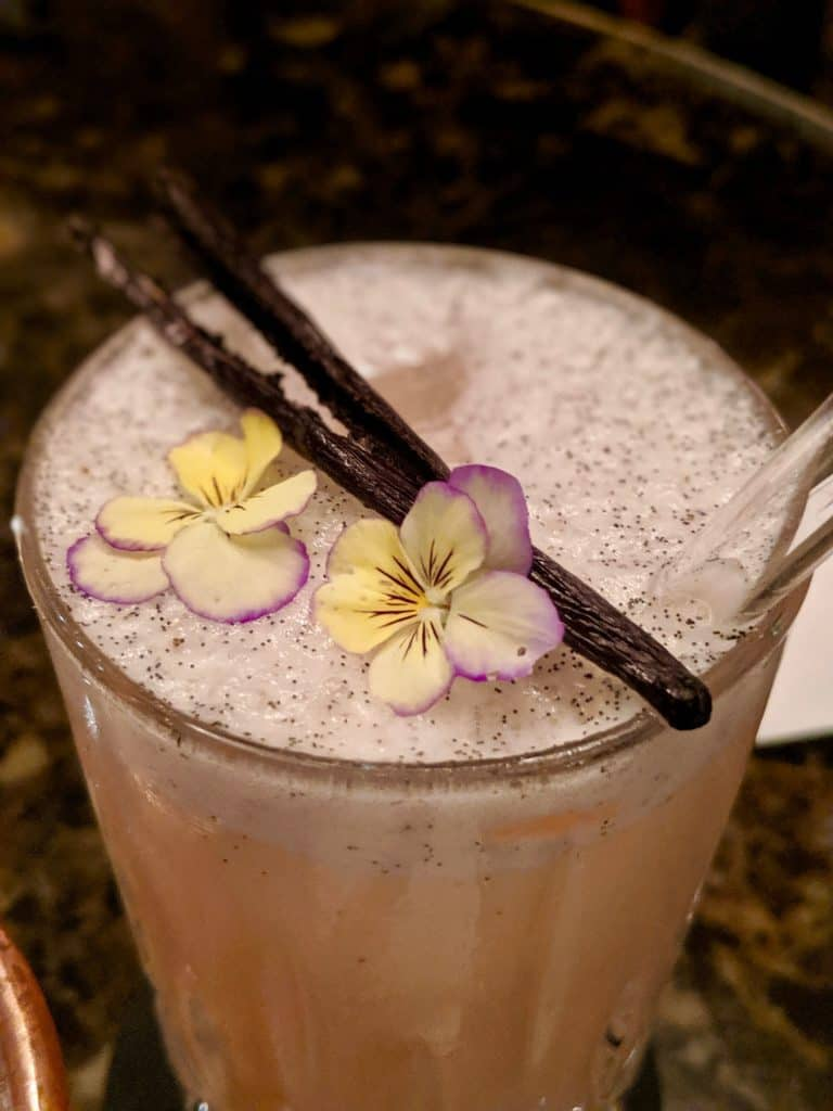 A cocktail at Le Bar, Four Seasons.