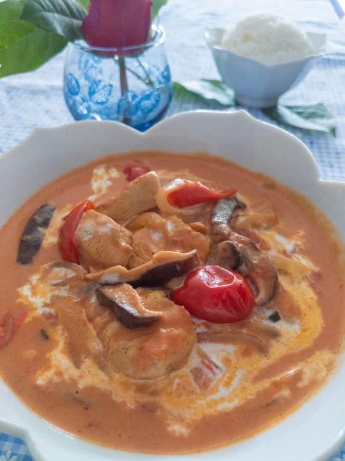 Closeup of creamy tomato chicken.